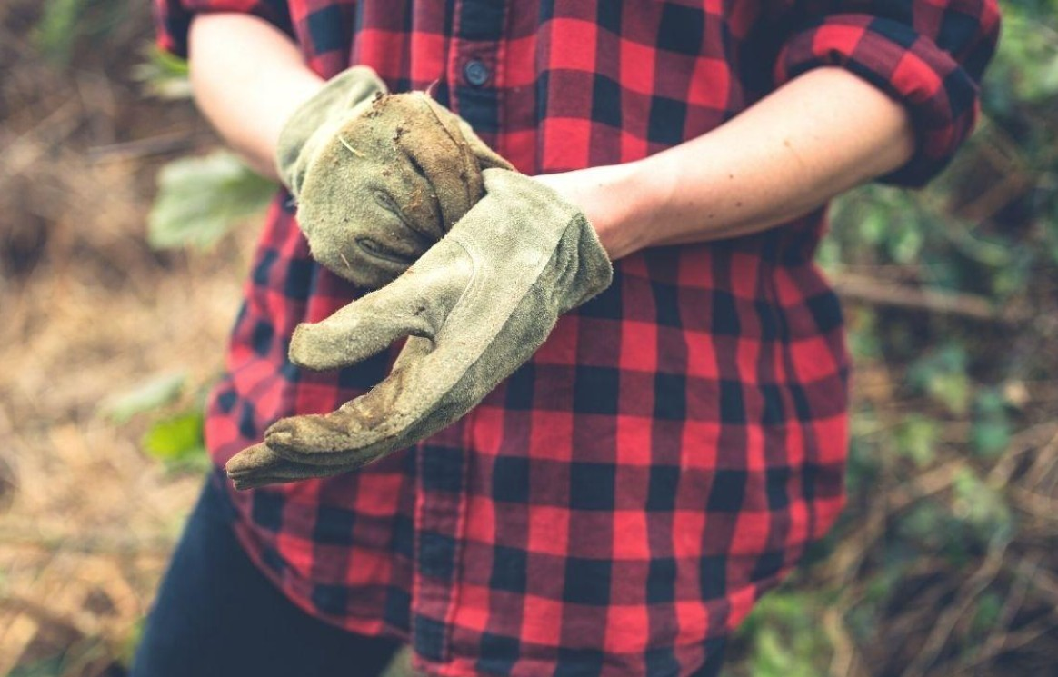 How To Care For Your Gardening Gloves?